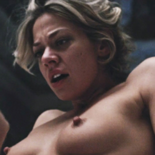 Analeigh Tipton Leaked Nude Selfie And Lesbian Sex Scenes
