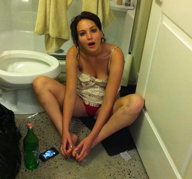 Jennifer Lawrence nude