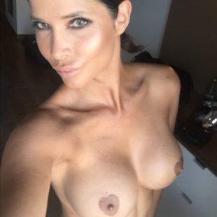 Bombshell Micaela Schäfer Leaked Frontal Nude Selfies