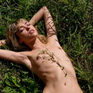 Cora Keegan Frontal Nude And Underwear Photoshoot