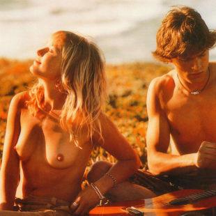 Malin Akerman Poses Nude And Dancing In A Bikini