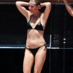 Gwyneth Paltrow Paparazzi Black Bikini Yacht Photos