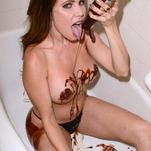 Erika Jordan Nude Chocolate Photoshoot