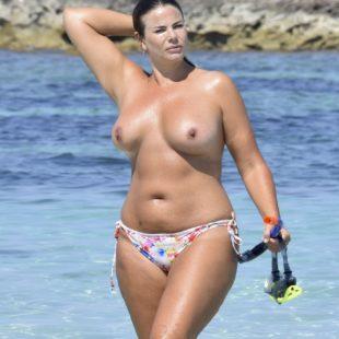 Fiona Falkiner Paparazzi Topless Beach Pics