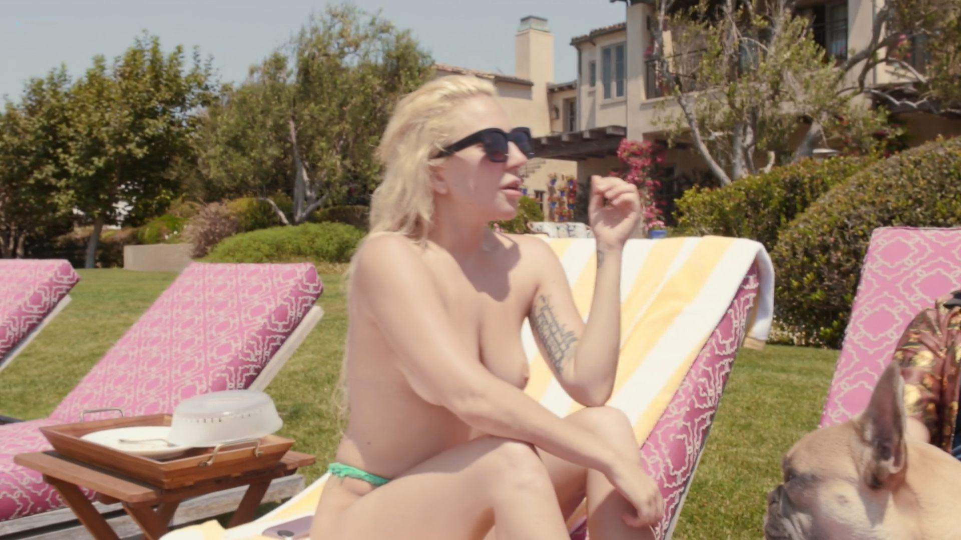 Lady Gaga Nude