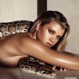 Sofia Richie Nude And Thong Bikini