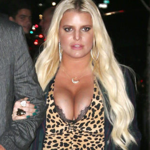 Jessica Simpson Showing Off Great Cleavage Outdoors
