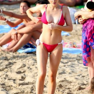 Helen Flanagan Oops Areola Slip On A Beach