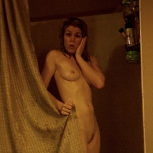 Emily Bett Leaked Nude And Erotic Thefappening Photos