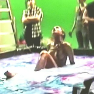 Ariana Grande Caught Topless And Sexy In The Pool