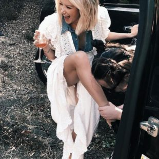 Ashley Tisdale Upskirt And Sexy Bikini Ass Photos
