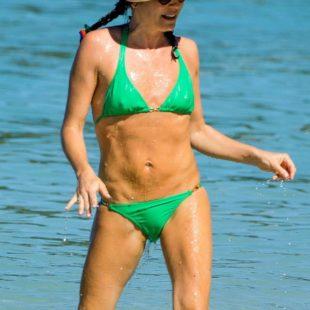 Andrea Corr Nice Cameltoe In Wet Bikini
