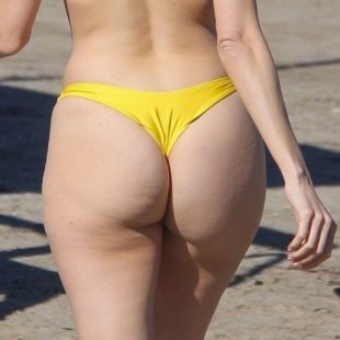 Blanca Blanco NipSlip And Thong Bikini Shots