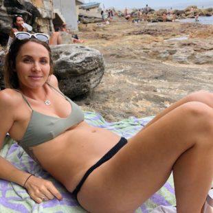 Laura Byrne Paparazzi Pregnant Bikini Photos