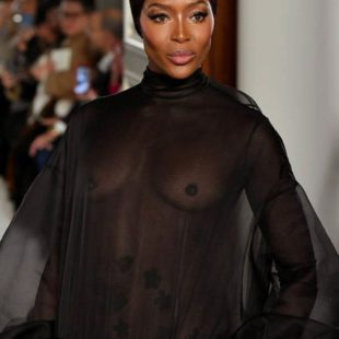 Naomi Campbell Paparazzi See Through Pictures