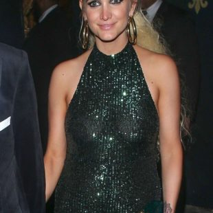 Ashlee Simpson See Through And Sexy
