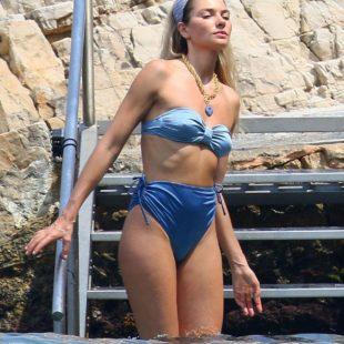 Jessica Hart Caught Sunbathing In Sexy Bikini