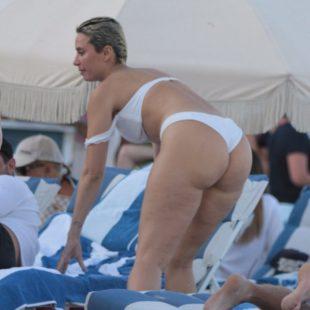 Talulah Eve Brown Exposing Her Huge Butt In White Bikini