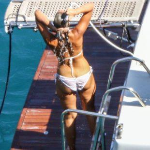Leona Lewis Wearing Bikini On A Beach