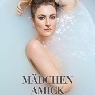 Madchen Amick Naked And Sexy Photos