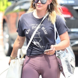 Hilary Duff Oops And Bikini Photos - Thefappening.link