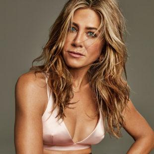 Jennifer Aniston Sexy And Leather Photoshoot