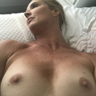 Laurie Dhue Leaked Nude And Naughty Photos