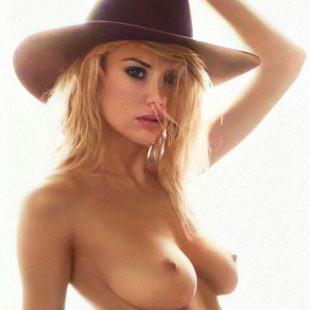 Charlotte McKinney Nude And Lingerie Photoshoots
