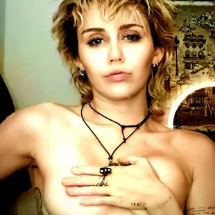 Miley Cyrus Nude And Naughty Photos